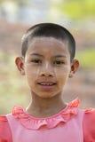 SKÖNHETSMEDEL FÖR ASIEN MYANMAR BAGAN FOLKFRAMSIDA THAMAKA Arkivbild