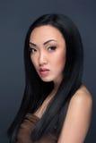 Skönhetstående av den stiliga asiatiska modellen Royaltyfri Fotografi