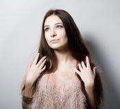 Skönhetung flicka härlig framsida makeover perfekt hud Royaltyfri Bild