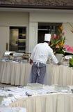 sköta om kockarbetsplatsen Arkivbilder