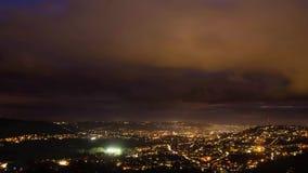 Skąpanie przy nocą Timelapse i opactwem zdjęcie wideo