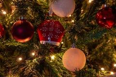 Skład boże narodzenia z dekoracją choinka w atmosferze boże narodzenia zdjęcie stock
