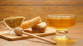Skład miodu, honeycomb i pszczoły chleb, (LR niecka) zdjęcie wideo