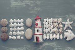 Skład set skorupa kamieni otoczaków jeża tła kopii gwiazdowe drewniane stare szarość będąca ubranym przestrzeń Zdjęcia Stock