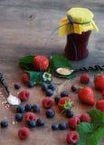 Składniki dla jagoda dżemu Fotografia Royalty Free