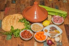 Składniki dla Marokańskiego naczynia z barankiem i warzywami zdjęcie stock
