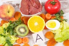 Składniki jako źródło witamina A, naturalne kopaliny i żywienioniowy włókno, odżywczy zdrowy łasowania pojęcie obrazy royalty free