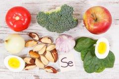 Składniki lub produkty jako źródło selen, witaminy, kopaliny i żywienioniowy włókno, zdjęcia stock