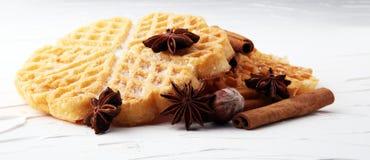 Składniki sezonowy jesieni kucharstwo, piec Belgijscy gofry, obraz stock