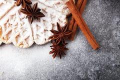 Składniki sezonowy jesieni kucharstwo, piec Belgijscy gofry, obrazy stock