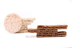 Skład kukurydzani krakersa i chleba chipsy. Obraz Royalty Free