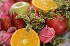 Skład kwiaty i owoc Fotografia Stock