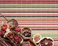 Skład wysuszone owoc i kwiaty Zdjęcie Stock