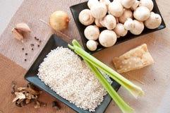 Składniki dla pieczarkowego risotto Obraz Stock