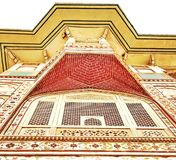 Sk?nhet av den indiska arvstadsslotten, Jaipur royaltyfri bild