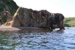 Skała w morzu Obrazy Royalty Free