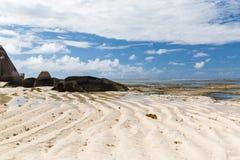 Skały na Seychelles wyspy plaży w oceanie indyjskim Obrazy Stock