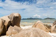 Skały na Seychelles wyspy plaży w oceanie indyjskim Zdjęcie Stock