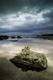 Skały na wybrzeżu Fotografia Stock