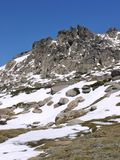 Skały w Śnieżnych górach Obrazy Royalty Free