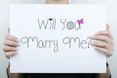 Ska du att gifta sig mig/förbindelseförslag Fotografering för Bildbyråer
