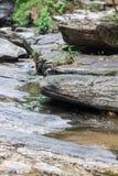 Skała i woda Zdjęcie Royalty Free