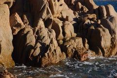 Skały i krajobraz typowi Sardinia Obrazy Royalty Free