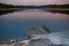 Skały w jeziorze Obraz Royalty Free