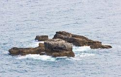 Skały w morzu Zdjęcie Stock