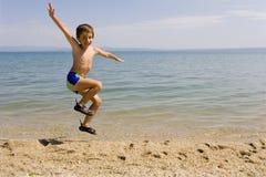 skacz seacoast dziecko Obraz Royalty Free