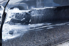 Skada av den kraschade bilen Royaltyfria Bilder