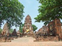 Skada av templet fotografering för bildbyråer