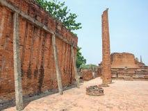 Skada av templet royaltyfria foton