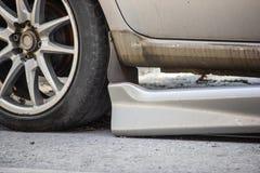 Skada för kjol för sida för bilolycka arkivfoto