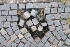 Skadad granitgångbana Arkivbilder