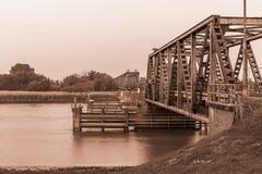 Skadad järnvägsbro nära Weener Royaltyfria Foton