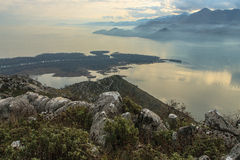 Skadar mountain lake. In the misty haze Royalty Free Stock Photos