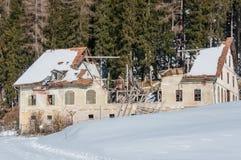 Skadat hus Fotografering för Bildbyråer