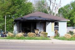Skadat hus för brand Royaltyfria Foton