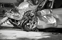 Skadat medel efter bilkrasch Fotografering för Bildbyråer