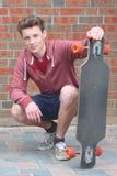 Skadeboarder imagen de archivo libre de regalías