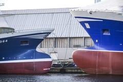 Skagen, Denemarken, 31 Juli 2017: Schepen in de haven van Skag worden vastgelegd die Royalty-vrije Stock Fotografie