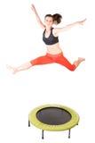 Skakać na sprawności fizycznej trampoline Obrazy Royalty Free