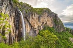 Skaklya瀑布在巴尔干山脉,保加利亚 库存图片