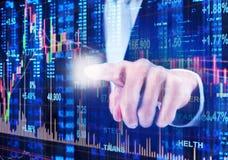 Skala auf Finanzdiagramm Stockfoto