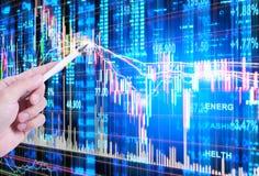 Skala auf Finanzdiagramm Stockfotografie