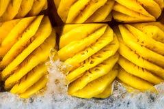 Skalad ananas Royaltyfria Foton
