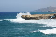 Skalad kust av La Arkivfoto