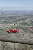 Skalamodell av den berömda racerbilen på San Marino Arkivfoton