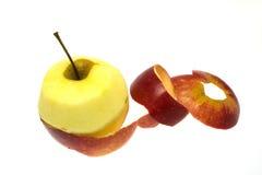 skalat äpple royaltyfria bilder